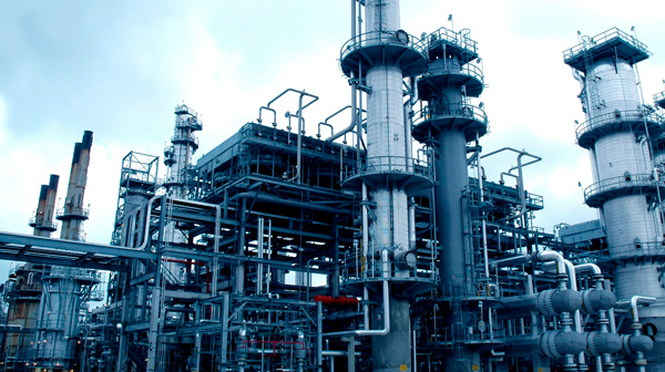 Protocolos de Operación en Puestas en Marcha y Paradas en Plantas Químicas y Energéticas