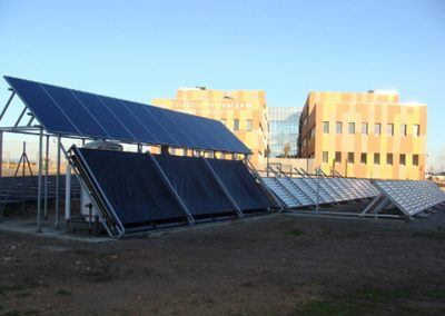 Planta UV/CPC SOLAR con paneles fotovoltaicos autónoma eléctricamente (INEI)
